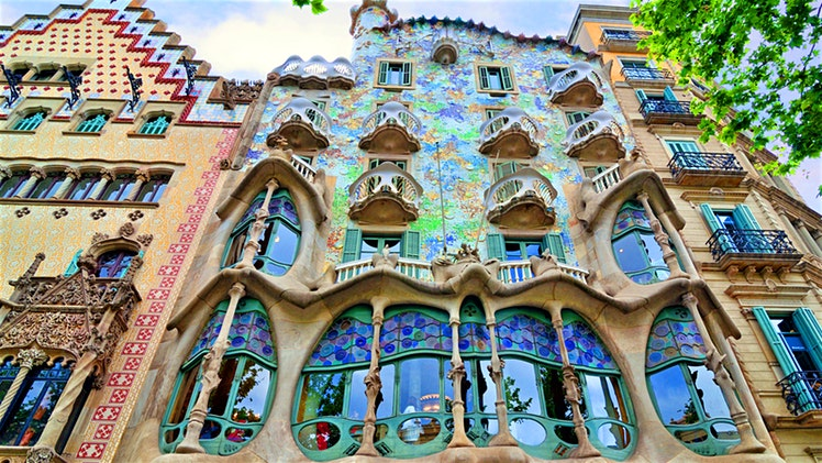 Relocating to Barcelona Spain
