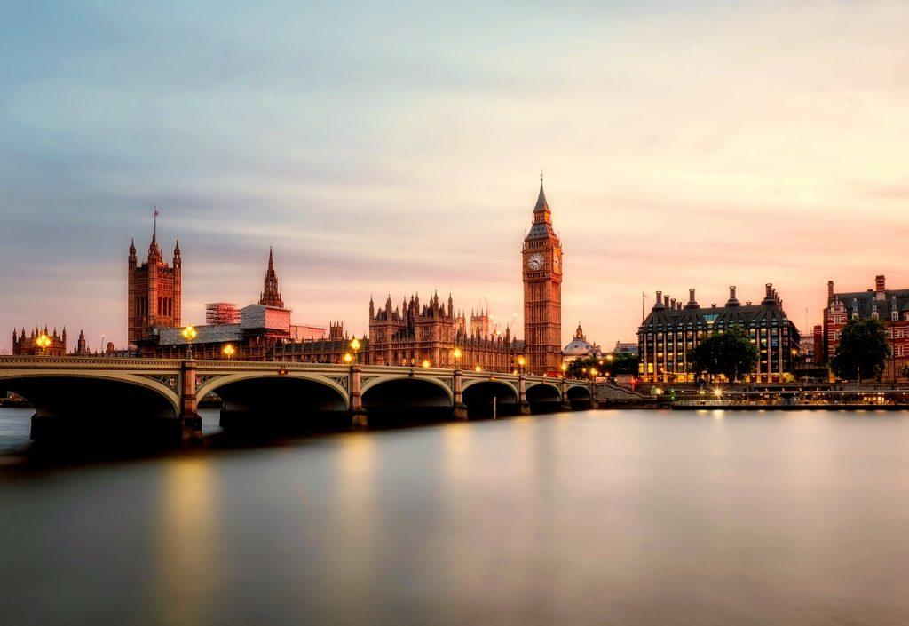 London - River Themes